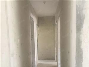 桃园新城3室2厅2卫多层2楼毛胚户型周正产证满五可按揭
