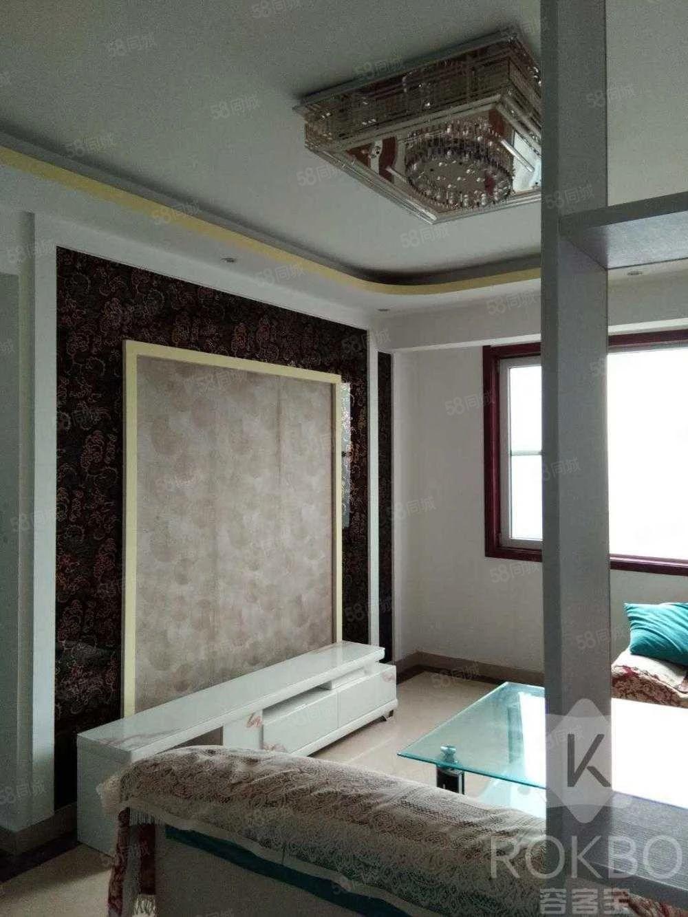 老证可贷款天华领秀城三室二厅精装修128平55万
