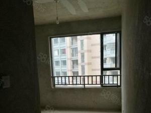 此房是东南新城便宜的一套适合适合居住的大三房