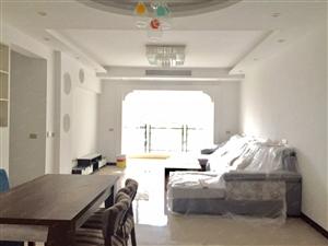 东南片区华阳东方,全新精装三室两厅两卫出租,钥匙在手随时看房
