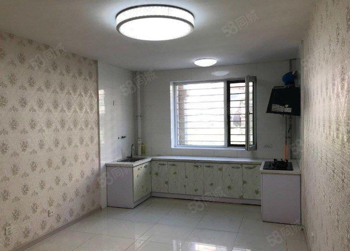 山海龙城小区中心1楼能种菜63平两室精装修不把边