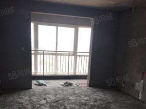 经典大两室,单价低,房源不多,不要错过机会。