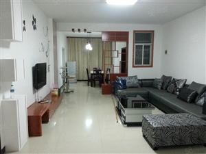 铅山兴政楼精装修带家具家电现租金每月1400带租约出售