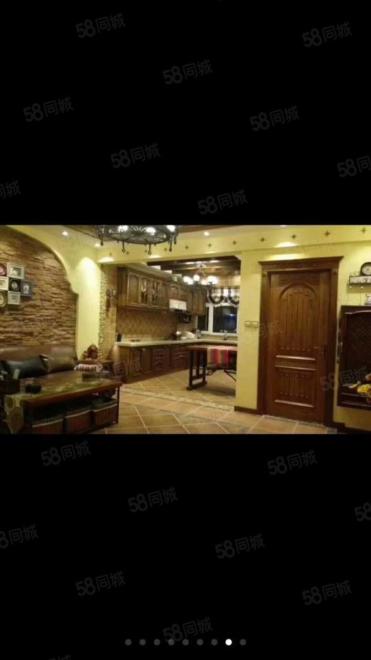 东方明珠两室一厅,豪华装修,拎包入住