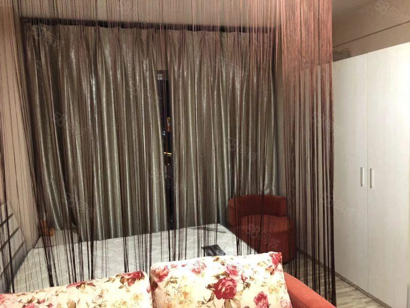 必租房源玉溪时代广场二期17楼豪装公寓带全套家具家电澳门金沙平台