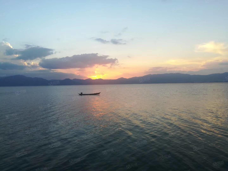 抚仙湖投资度假首选之地,广龙旅游小镇50平一线湖景小公寓