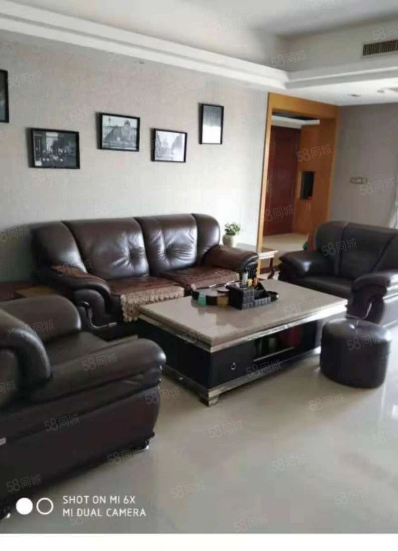 君悦名庭16楼155平3房2高档装修家电齐月租4300元