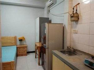 女学街《2楼》1室1厨1卫全装修全齐800可短租月付