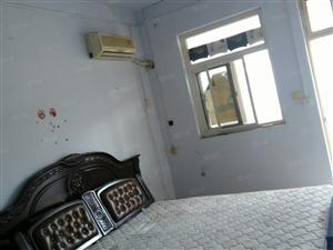 天然汽,空调,洗衣机热水器,衣柜,床,化装柜
