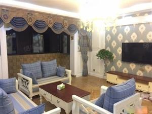 中豪汇景湾3室2厅145平米豪华装修