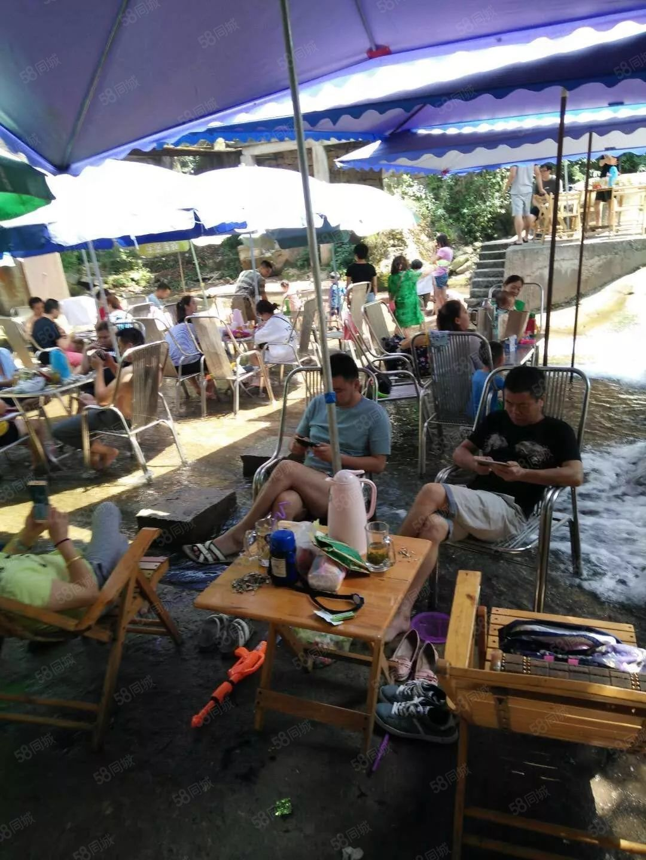 青城后山依水人家面积两千多平米休闲度假好地方