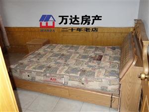 万达广场旁1楼有院3室床电视热水器干净方便