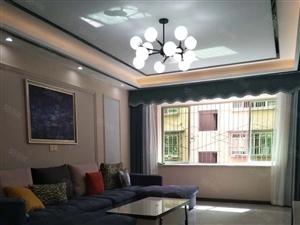 佳禾桥紫金家园错层精装大三室出售,有物管停大小车