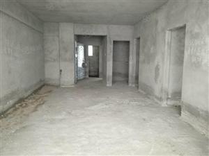首付三成雅景花园3房2厅+42平方大车库仅68万