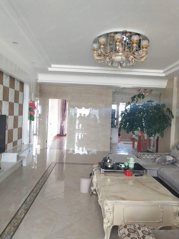 丽水鑫城电梯高层套房出售,精致装修,可拎入住。