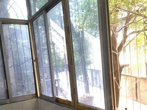 市一中旁单位公房简装,2楼,31.8万