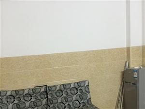 高登东街琼台师范幼儿园有一房出租电梯房拎包入住的
