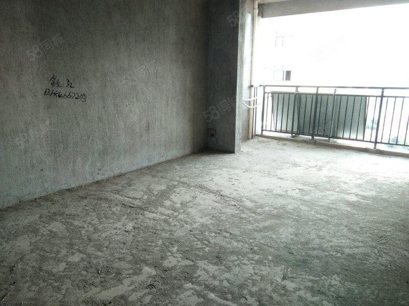 秀江东路,丽景西街,优质楼层,南北通,江景房三房两厅两卫