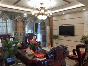 豪华装修对面是碧桂园江山福站在屋内即可看到南湖公园