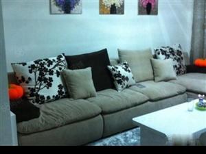 燕山国际2000元3室2厅2卫精装修,超值,免费看房