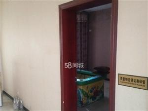五粮液东大门下生活区对面2室2厅1卫
