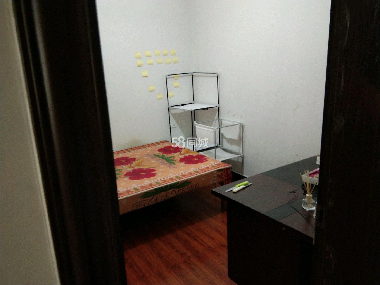 金滩2室1厅1卫