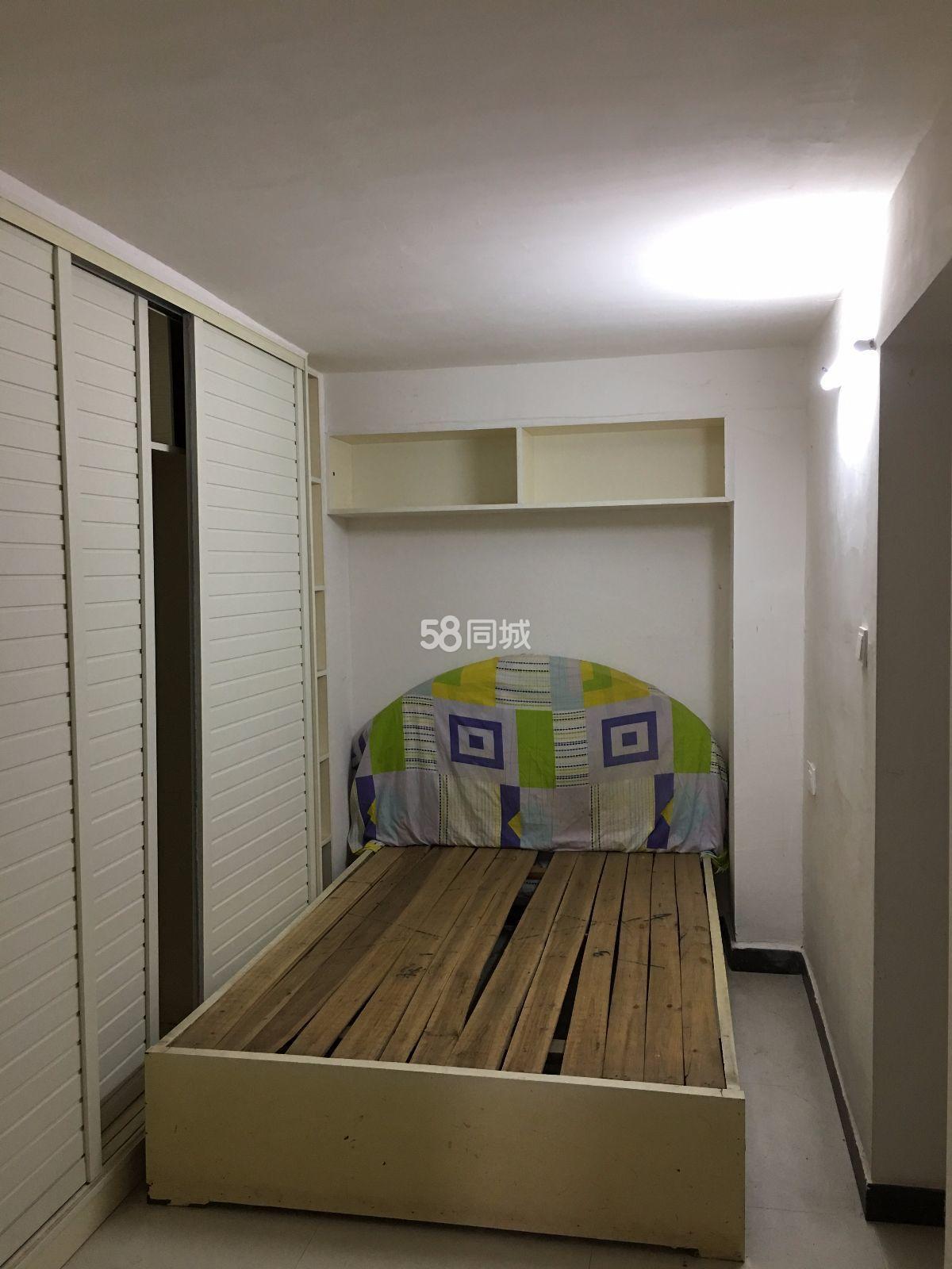 白莲半岛-东门2室2厅1卫