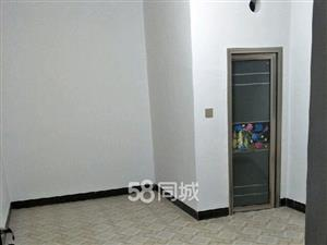 学府商业街1室0厅1卫