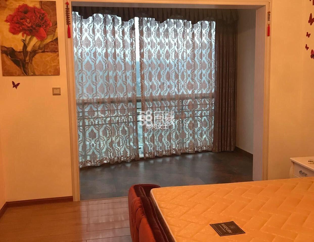 江华国际4室2厅2卫