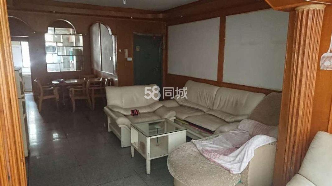 亚太盛典旁(中玉花园)3室2厅2卫