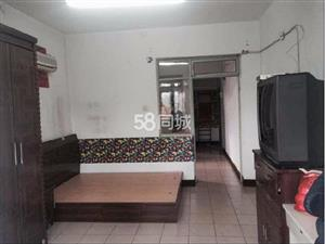容彩里1室1厅1卫
