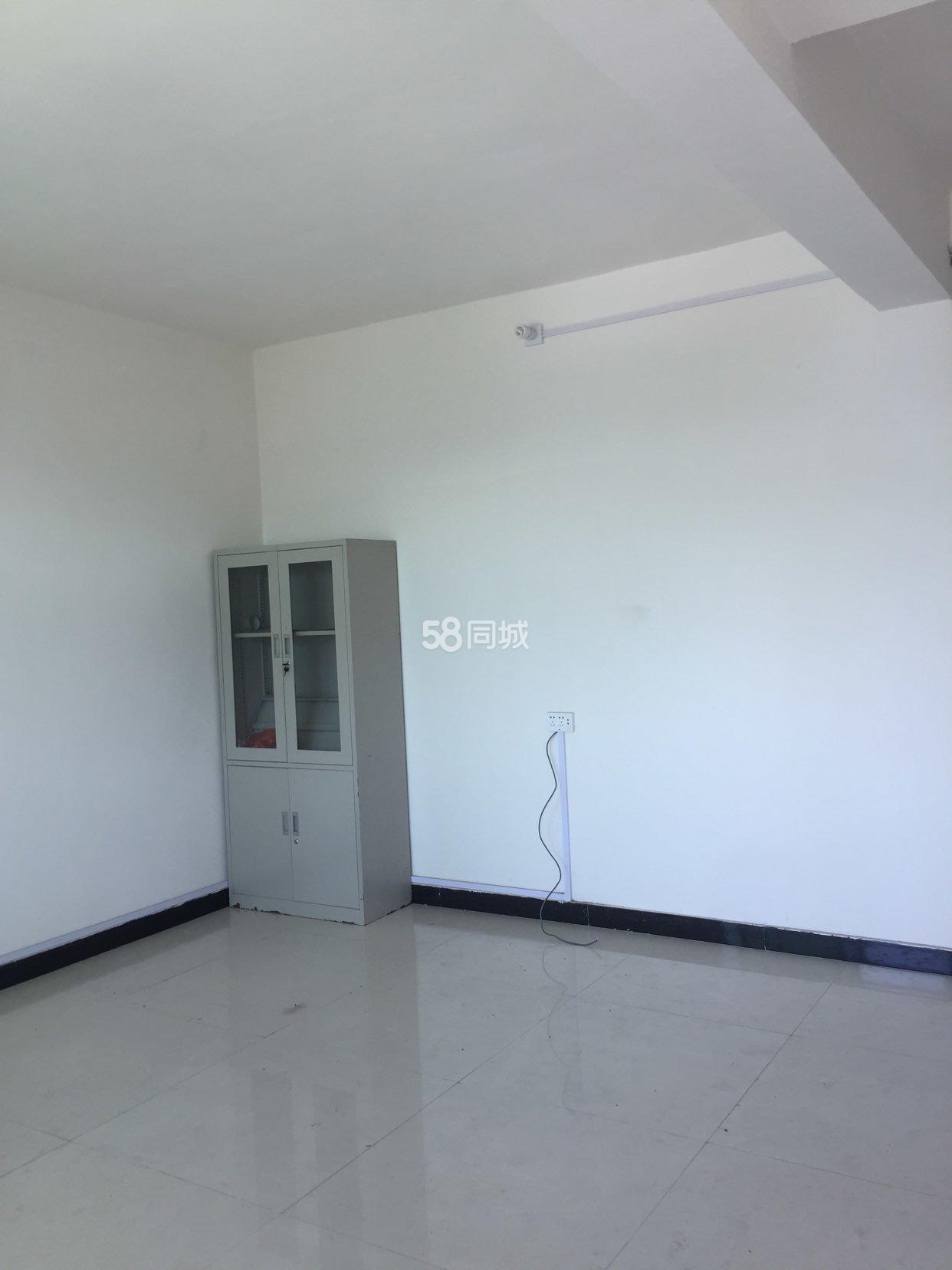 偃师新新焦村3室1厅1卫