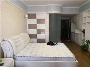 金博大1室1厅1卫