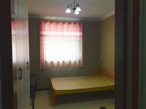 文昌大道与八一路交叉口单间带卫生间1室0厅1卫
