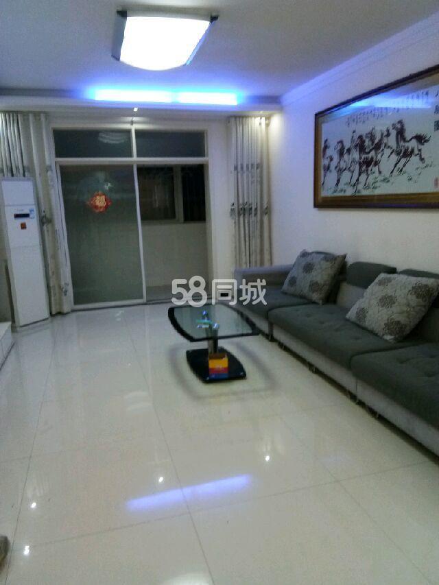 浦江滨河花园1期三室两厅130平方3室2厅2卫