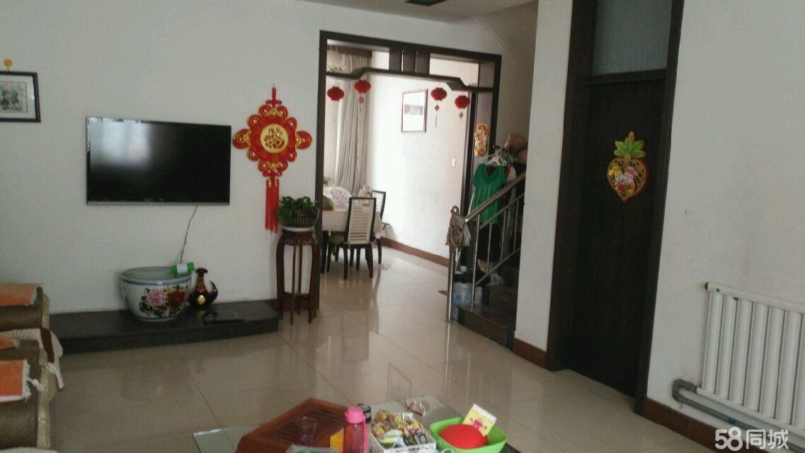网通花园4室3厅2卫1厨精装稀缺别墅带院
