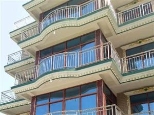 出售阜南体育场北双碑二小西200米四层洋楼3室1厅1卫