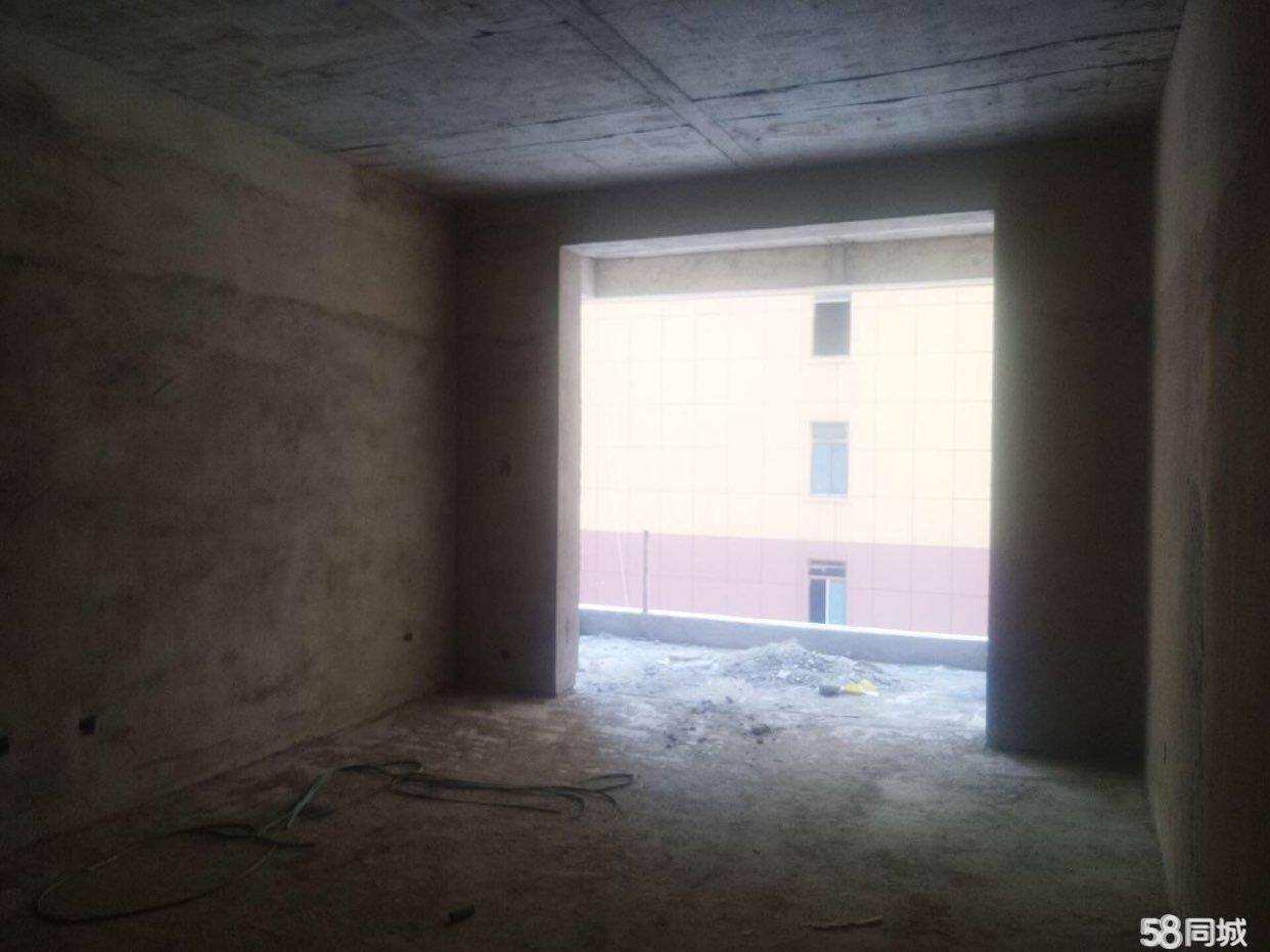 金牛社區電梯洋房全新毛坯戶型樓層佳,環境好,誠心賣