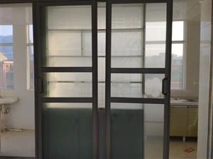 新兴路妇幼保健院对面3室2厅1卫