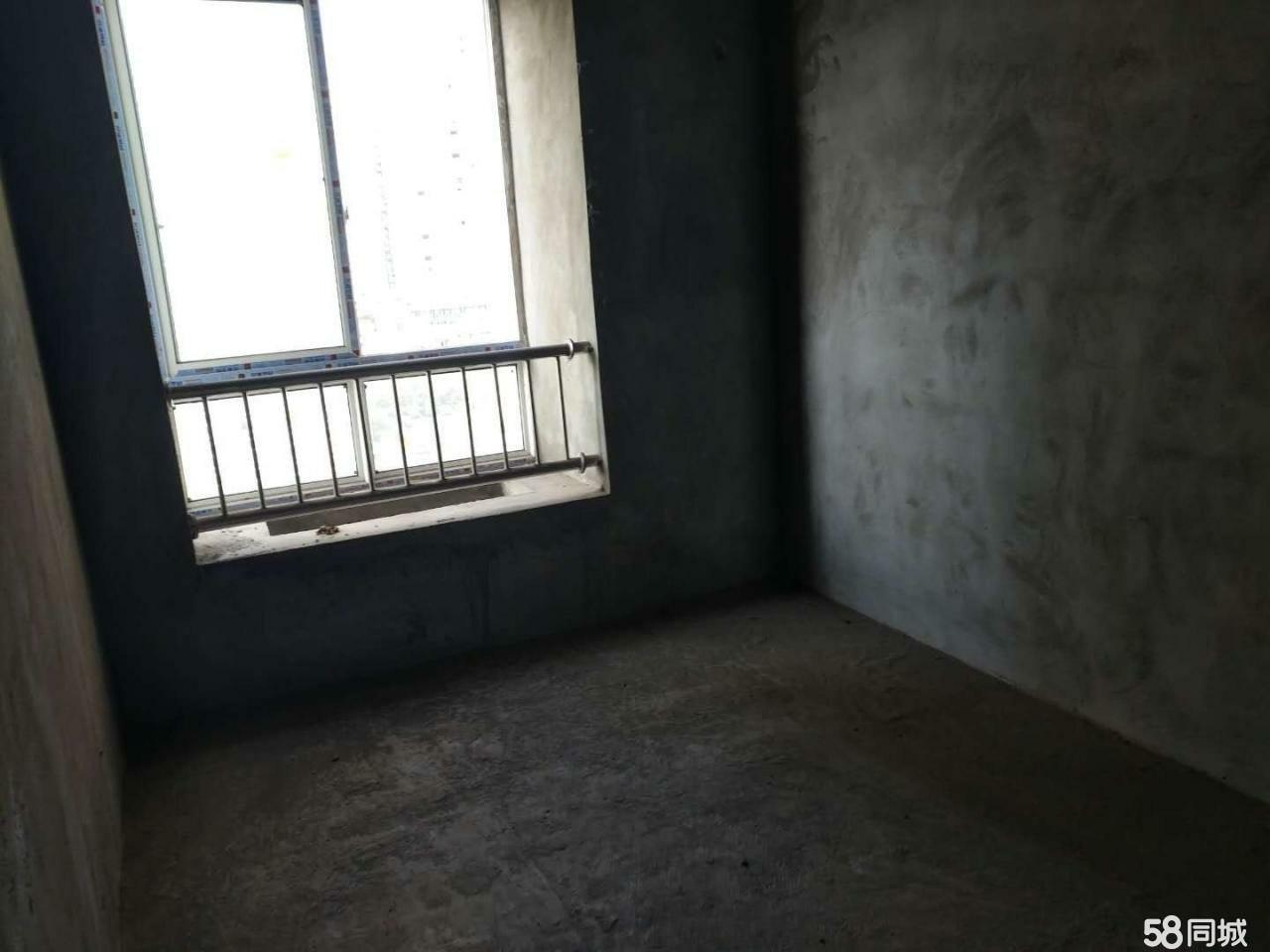 私人出售银杏华庭房子带车位,一共51.5,交通方便