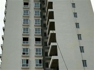 冬青芳园小区3室2厅2卫