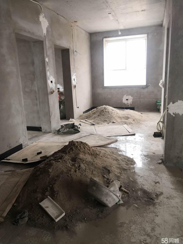 未来域3楼3楼!地板砖铺好了