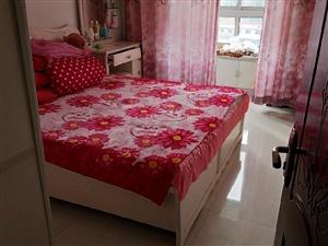 阳光水岸三室一厅带下房,部分家具,46万