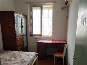 步青苑4室2厅1卫