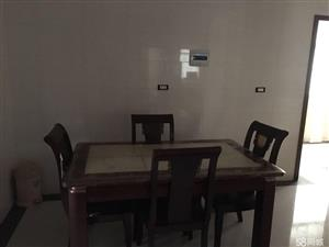 梁子湖太和车站对面,老教育3室2厅2卫145平米