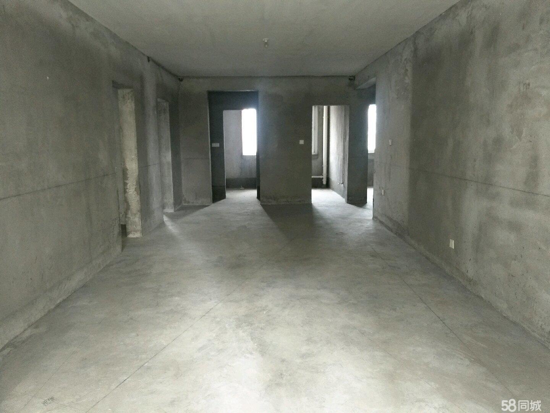 丰盛凤凰府房主送地下固定停车位原价12万