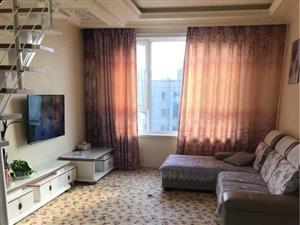学富园3室1厅1卫三