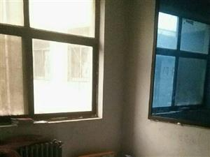 实小北边二中家属院2室2厅1卫