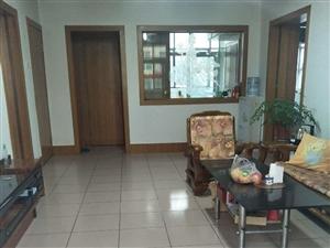安定食品厂3室2厅1临街门面无公摊赠送储物房