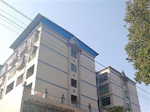 急售田园居3室2厅2卫,带30平方门面。